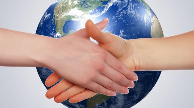 Как здороваются в разных странах: жесты приветствия