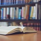Книжный червь: 10 полезных книг для психолога